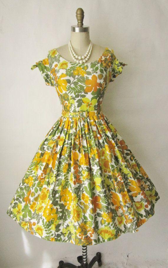 1950's Floral Print Garden Party Summer Dress