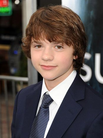 Super 8' Star Joel Courtney Signs With CAA (Exclusive) | My Boys