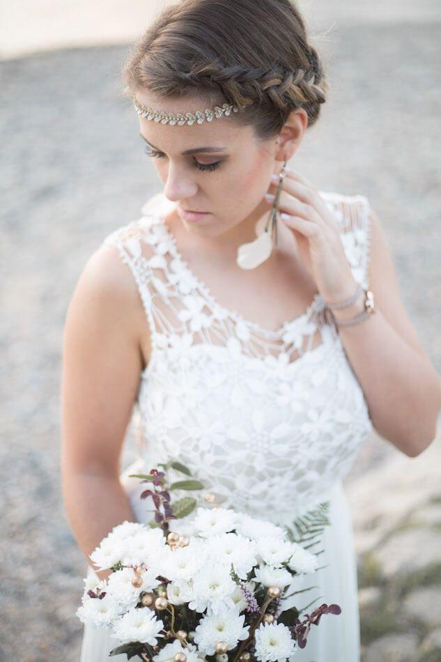 Inspirierende Boho Hochzeit Auf Der Insel Grafenwerth Bad Honnef Boho Hochzeit Blumenmadchen Kleid Hochzeit