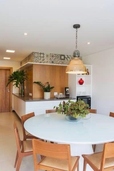 Decoração: 12 ambientes com mesas redondas para inspirar você ...