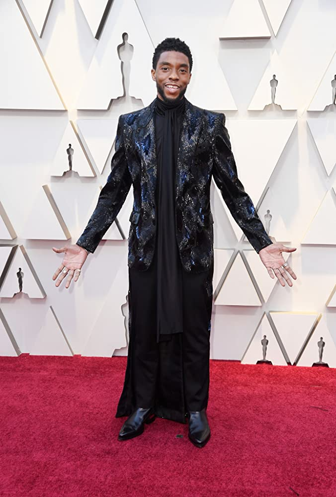 Remembering Chadwick Boseman 1976 2020 In 2020 Academy Awards Red Carpet Chadwick Boseman Red Carpet Looks