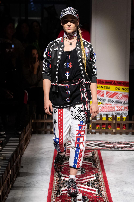 Jahnkoy Spring 2020 ReadytoWear Fashion Show