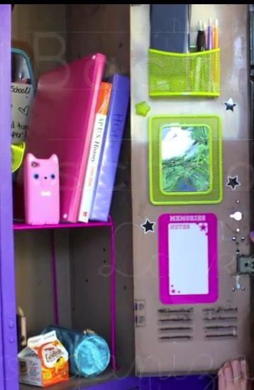 Stilababe09 stay organized locker organization ideas for Locker decorations you can make at home