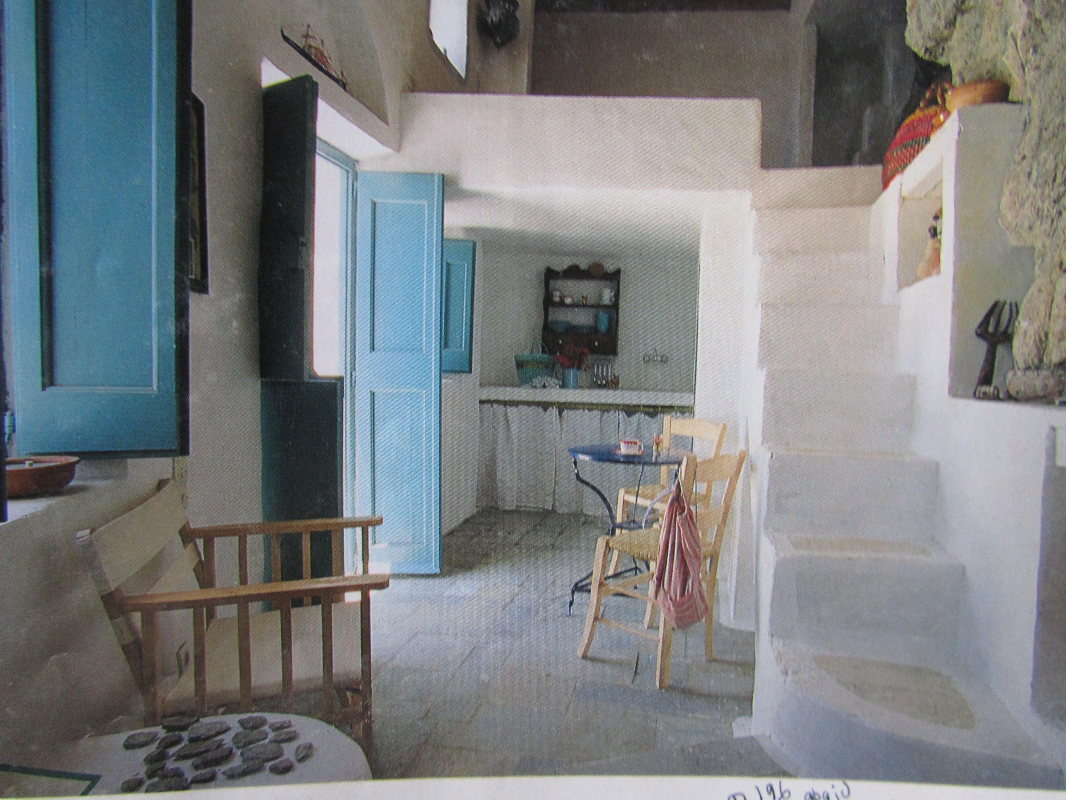 Simplicite Des Maisons De Vacances Greek Home Stairs Maison Maison En Pierre Maison De Vacances