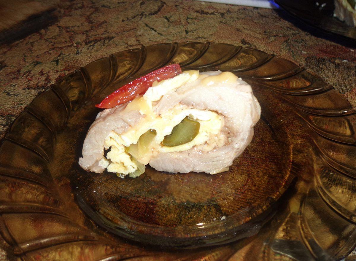 Рулет из свинины в духовке