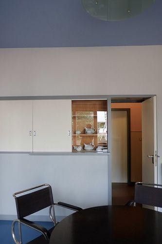 bauhaus / meisterhäuser in 2020 Bauhaus interior