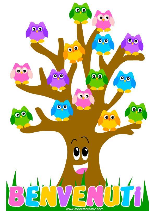 Cartellone accoglienza con albero con gufi portanome for Idee per cartelloni scuola infanzia