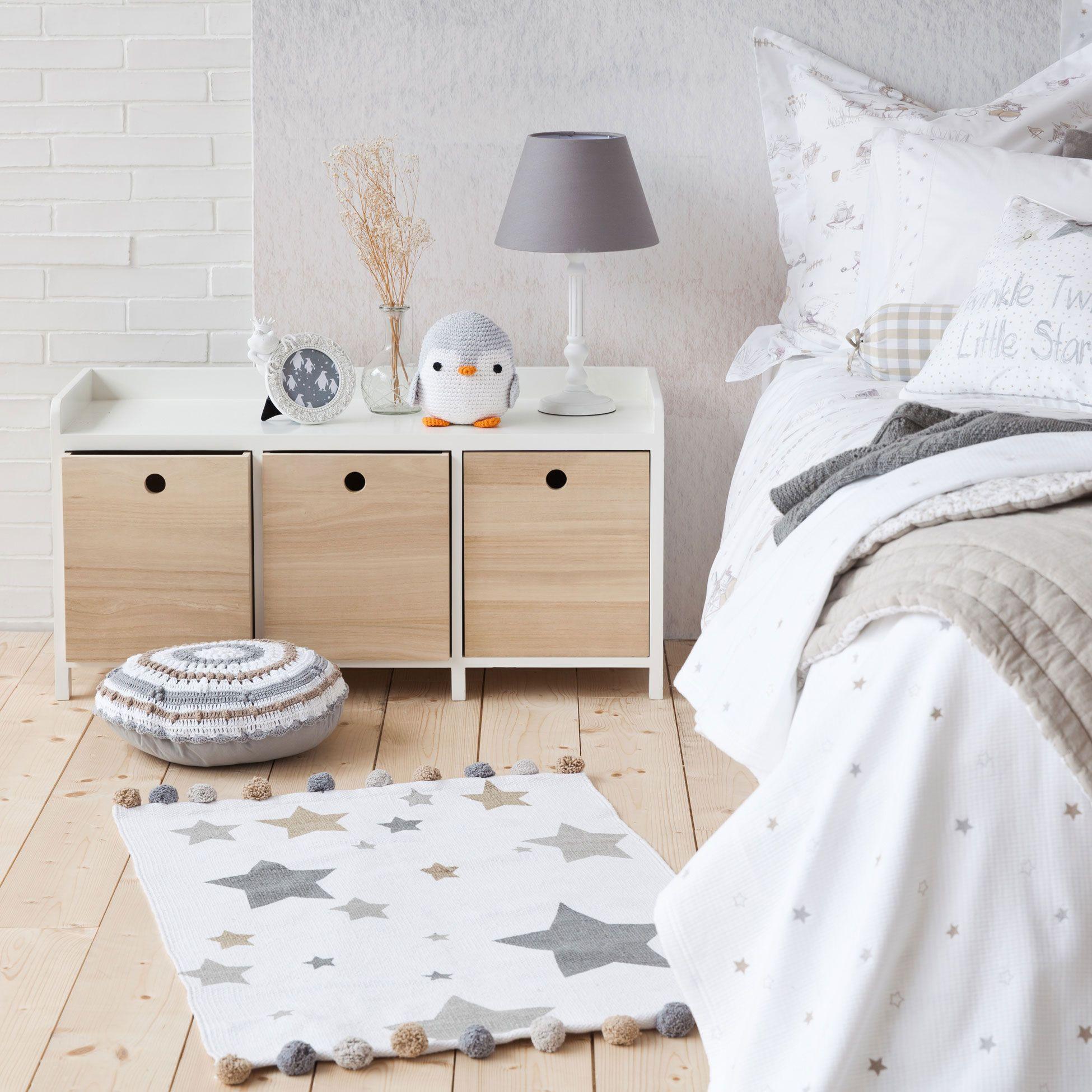 Zara home - Colores blanco, gris, madera. Pingüino decoración ...