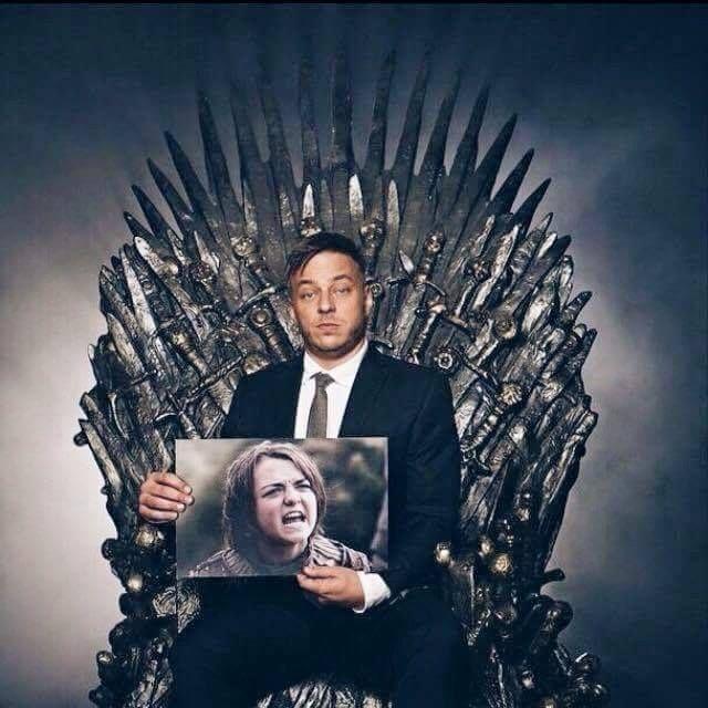 I hope Jaqen is in Season 5!!! Thomas Wlaschiha as Jaqen H'ghar. Arya looks happy.