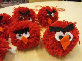 Kässä ja kuvis: Angry birds -tupsut