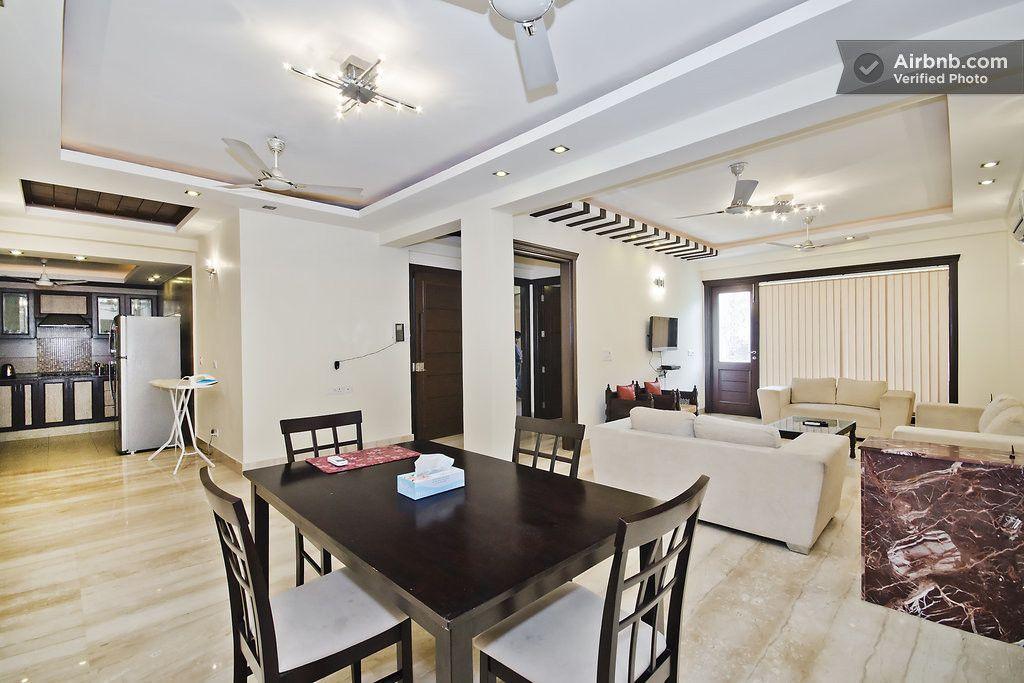 Luxurious 3 Bedroom Serviced Flat In New Delhi