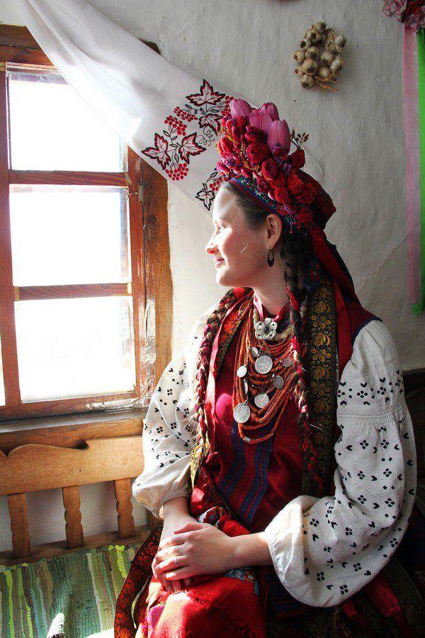 Photo by Anna Senik, www.ladna-kobieta...Ukraine, from Iryna with love