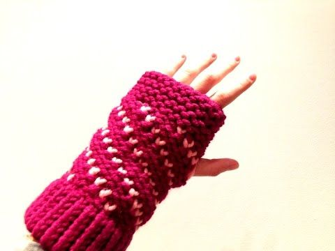 How to Loom Knit Bicolor Mini Hearts Spiral Fingerless Mittens (DIY Tutorial) - YouTube