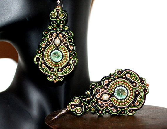 Large Soutache Classic Earrings with Swarovski Rivoli Chrysolite F Crystals, Chandelier, Gold and Green, Bijoux, Perfect Gift