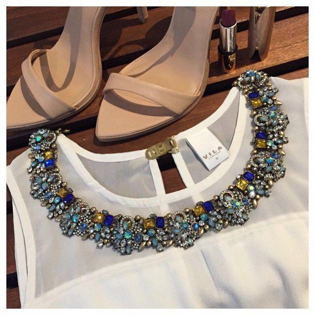 Gem Filled Statement Necklace 39,90 € #happinessbtq