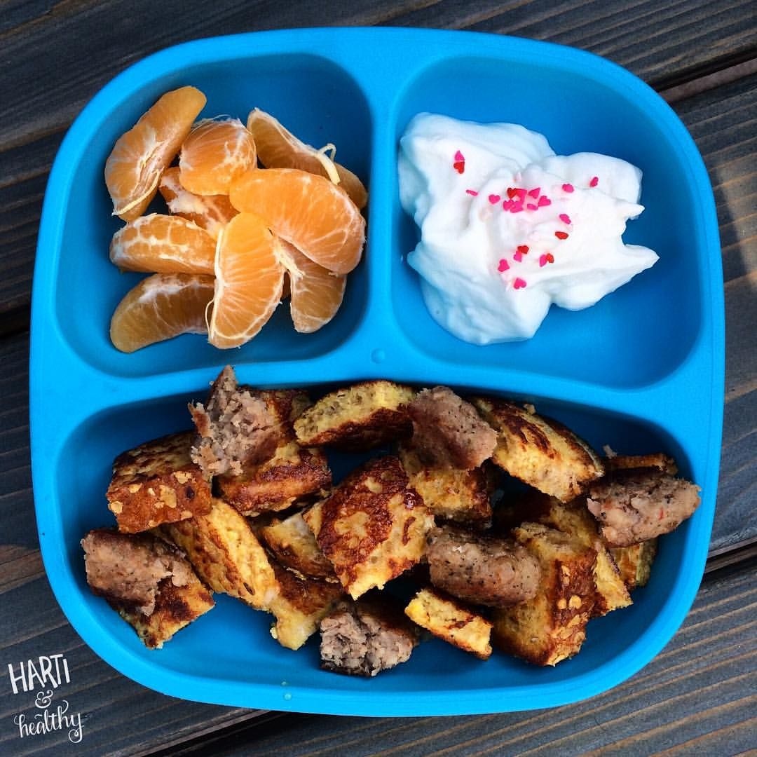 Toddler breakfast: - clementine - yogurt w/ fancy sprinkles - French toast & sausage mix w/ maple syrup drizzle  #toddlerfood #toddlermeals #breakfast #replayrecycled #replaymeals @replayrecycled #healthykids #foodisfun #toddlers #kidfood #fancy #instafood #buzzfeast #feedfeed #f52grams