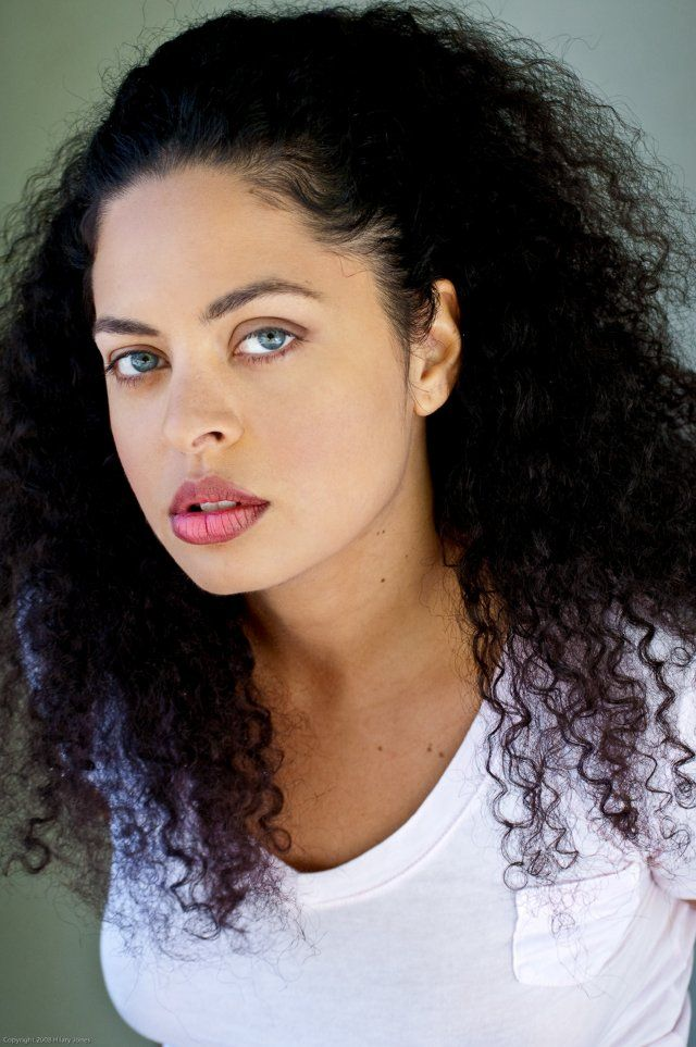 Laila Petrone, Actress, Half Dominican Half Italian  Who -1587