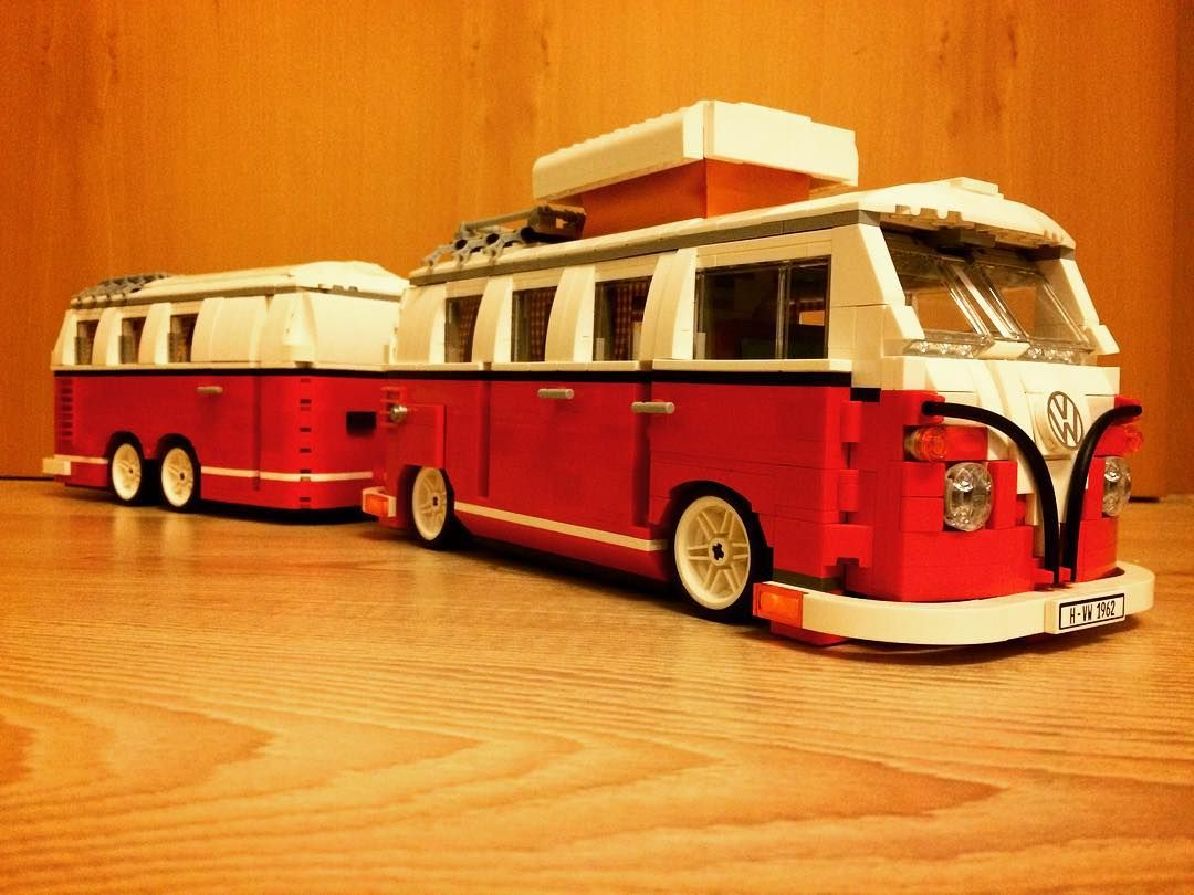 lego volkswagen t1 camper van mit wohnwagen lego t1. Black Bedroom Furniture Sets. Home Design Ideas