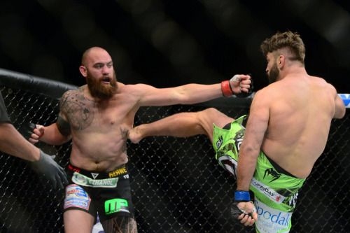 Ufc Fight Night 81 Results Travis Browne Mashes Matt Mitrione Ufc Fight Night Fight Night Ufc