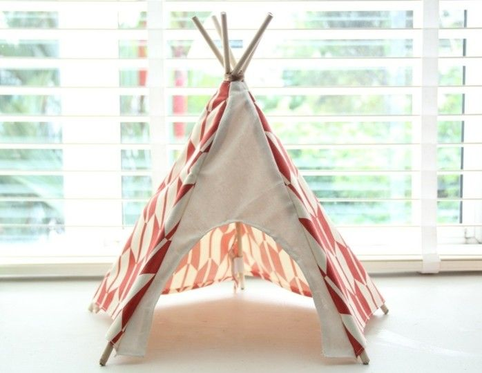comment fabriquer un tipi 60 id es pour une tente indienne sympa tipi pinterest un tipi. Black Bedroom Furniture Sets. Home Design Ideas