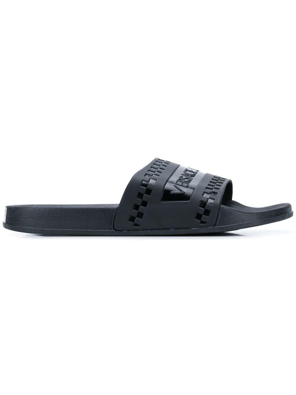e97553f6f357 VERSACE JEANS VERSACE JEANS LOGO SLIDERS - BLACK.  versacejeans  shoes