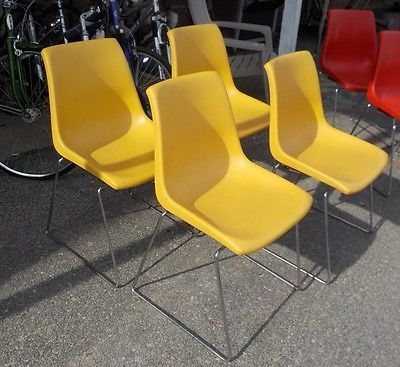 4 Vintage Molded Plastic Chairs Mid Century Modern Krueger Of