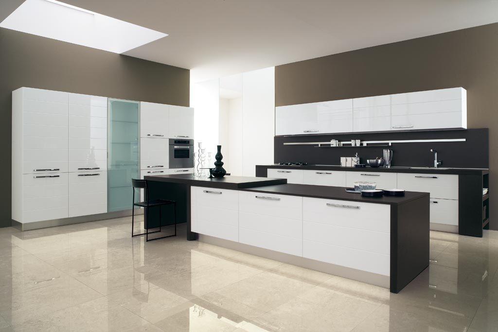 Arredo cucina moderna su misura ~ Treviso | Spaces where eating is ...