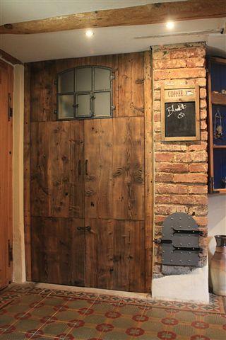 Holzbalken Verkleiden praktisch und schön eine lösung für eine niesche verkleidet