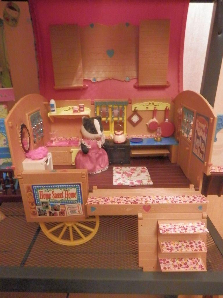 la roulotte gipsy premiere version ma collection de sylvanian families miniatures pour maison de poupee familles sylvanian roulotte