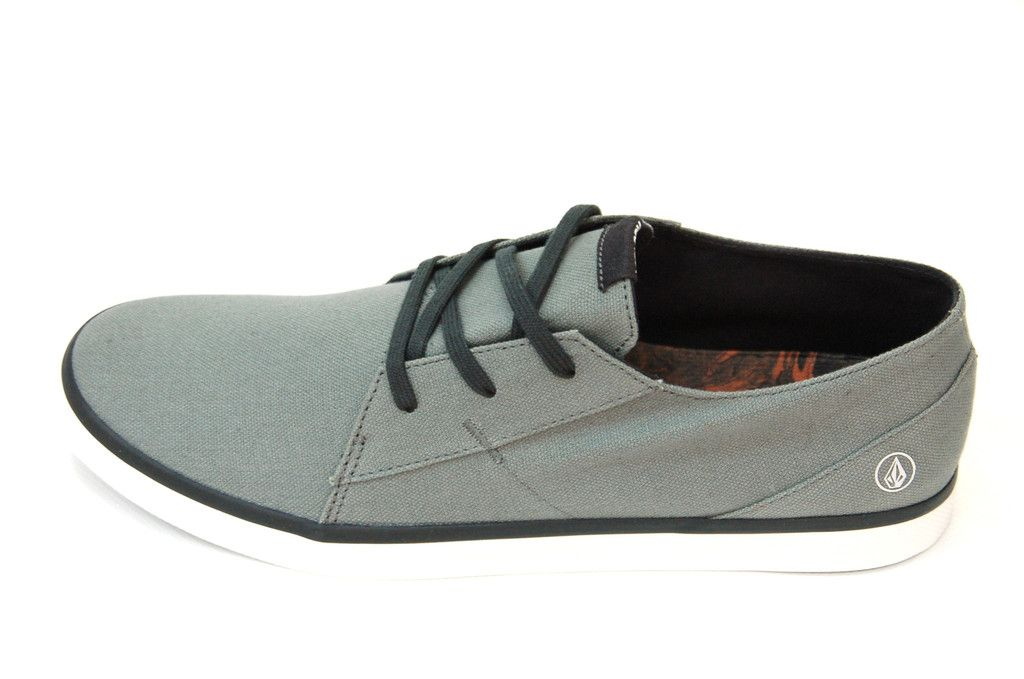 VOLCOM LO FI SCHUH MILITARY  http://www.fourseasonsclothing.de/collections/sneaker/products/volcom-lo-fi-schuh-military  #volcom #volcomstone #shoes #new #volcomshoes #fourseasonsshop