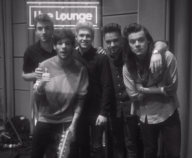 One Direction Sing Torn During BBC Radio 1 Live Lounge and