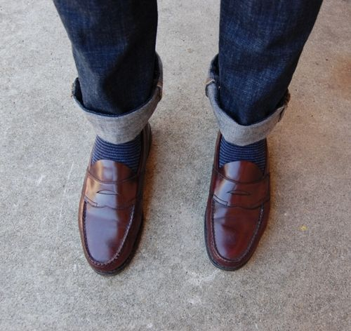 Bass Penny loafers and cuffed jeans!