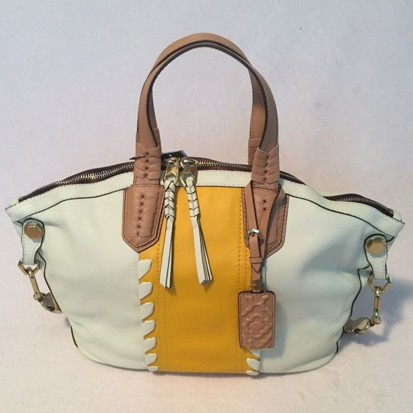 Gorgeous Handbag Handbag. Please if you have any questions I will Gladly answer it all. .  100% Leather OrYani Bags