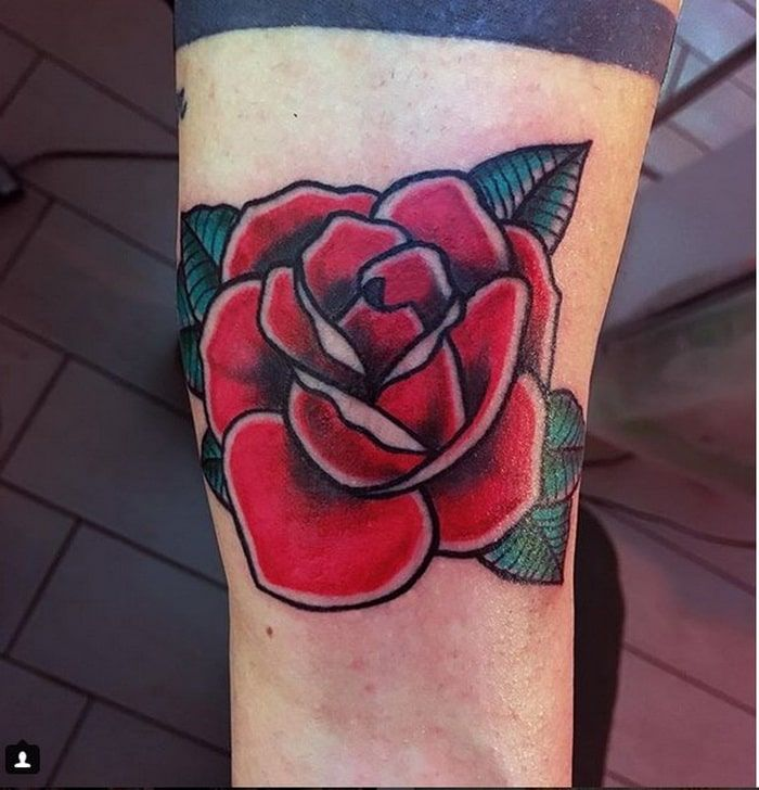 14c43e917a5c8 Big Red Rose Tattoo Designs 2018-2019 with Green Leaves | Tattoo ...