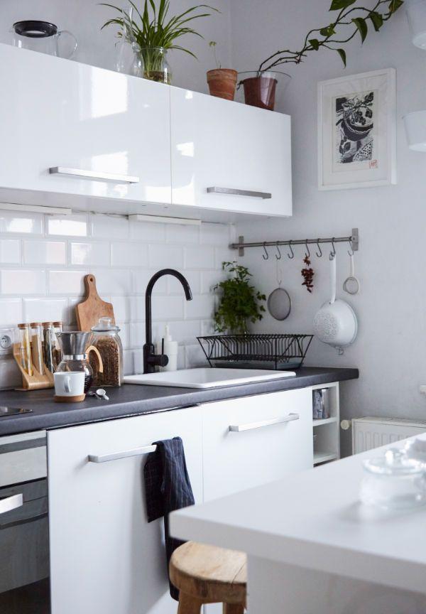 Familiäre Wohnküche einrichten