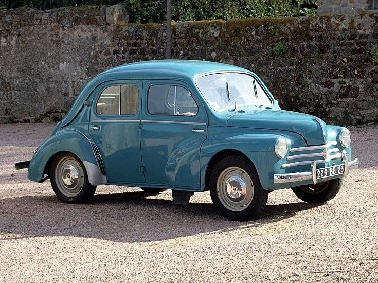 Classic And Vintage Cars 4 Door French Compact Family Car Vintage Cars Classic Cars Vintage Antique Cars