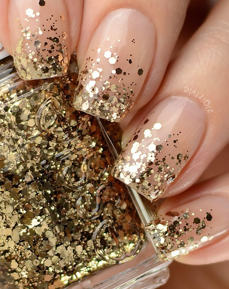 nude nails with gold ombre / gradient glitter tips (Essie Summit Of Style) | easy nailart:
