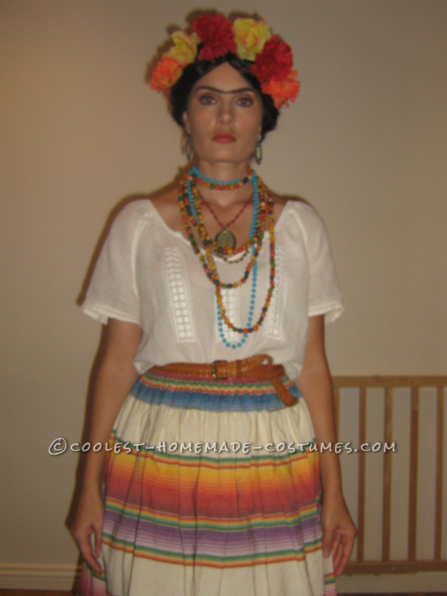 Easy Homemade Frida Kahlo Halloween Costume - so cool