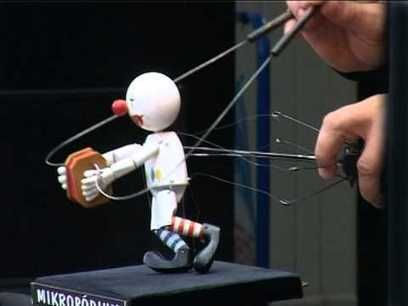 One of my all time favorite miniature puppets. I love the videos of him on YouTube.