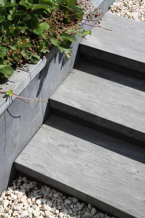 Hoogteverschillen in de tuin tuinidee pinterest for Trap tuin aanleggen