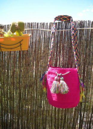 À vendre sur #vintedfrance ! http://www.vinted.fr/sacs-femmes/sac-a-main/23756370-mochica-bag-sac-sceau-tisse-main-piece-unique-multicolor-rose-pompons