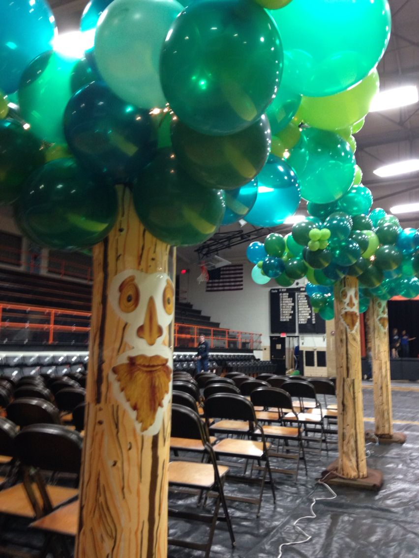 Balloon trees for a Wizard of Oz themed Homecoming Dance cheer