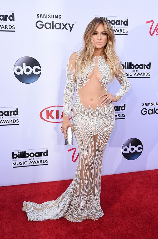 2015 Billboard Music Awards Red Carpet Photos: Arrivals At BBMAs #fashion2015
