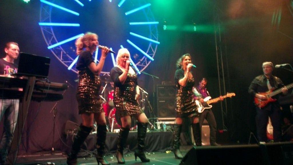 Zaterdag 16 april is er in 't Hunebed in Borger een live optreden vanSister Feelgood. Het repertoire bestaat uit dance classics, hits uit de jaren 70 en 80, disco, pop en soul.  Lees verder op onze website.