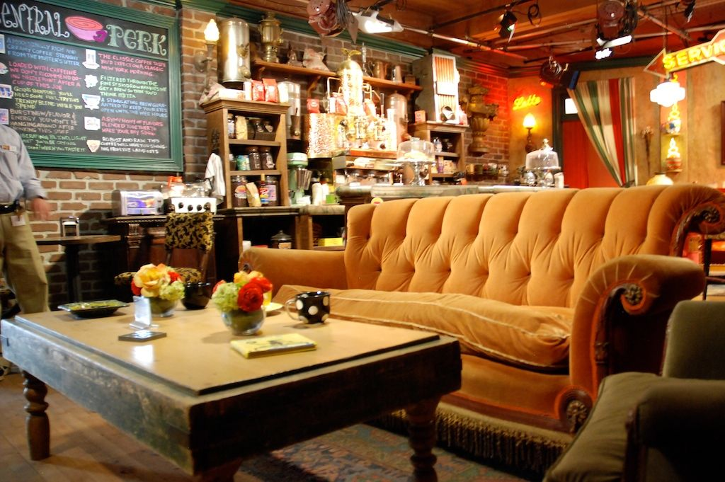 Central Perk Set Friends Cafe Set Decor House Inspiration