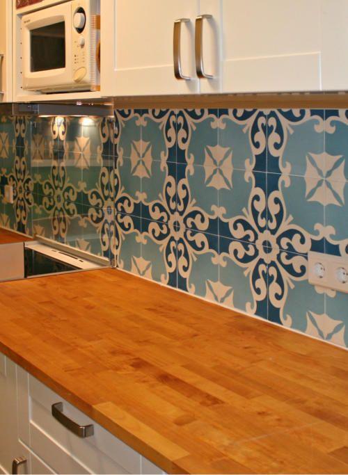Küchenspiegel mit Zementfliesen \u2022 \u201cKarina\u201d macht die Küche wohnlich - küche fliesenspiegel verkleiden