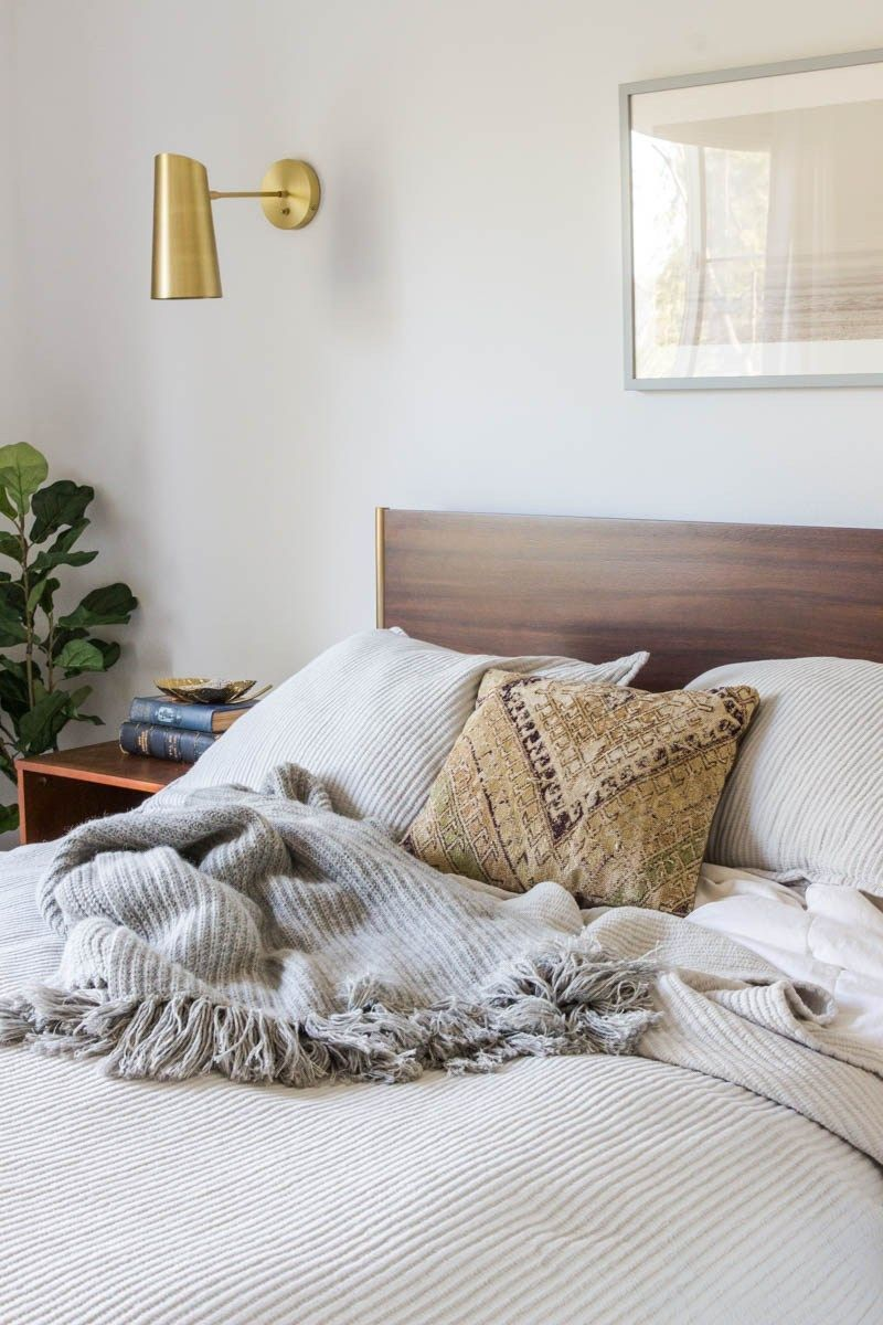 Master Bedroom Makeover using California Casual eclectic design style with West Elm bed, Parachute Home bedding and plant babies of course! Come see how you can transform your bedroom too! #anitayokota #masterbedroom #CaliforniaCasual #modernbedroom #eclecticstyle #cozybedroom #neutralbedroom #bedroomfurniture #sponsored