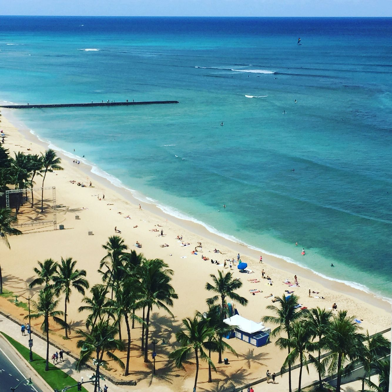 Balcony view from the Aston Beach Hotel Waikiki - couldn't ...