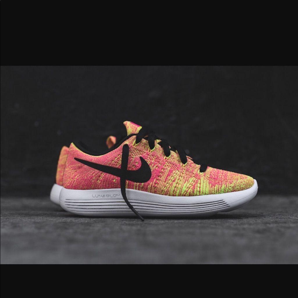 363a73352f59 Nike Lunarepic Flyknit Women S Sneakers