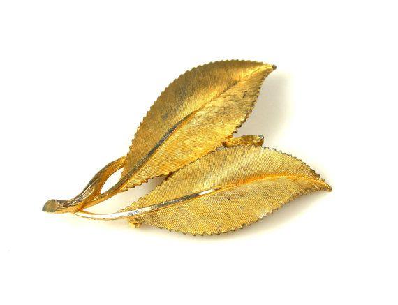 Vintage BSk Leaf Brooch Gold Tone